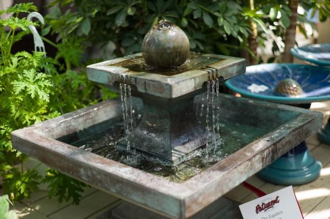 Square 2 Tier Outdoor Fountain