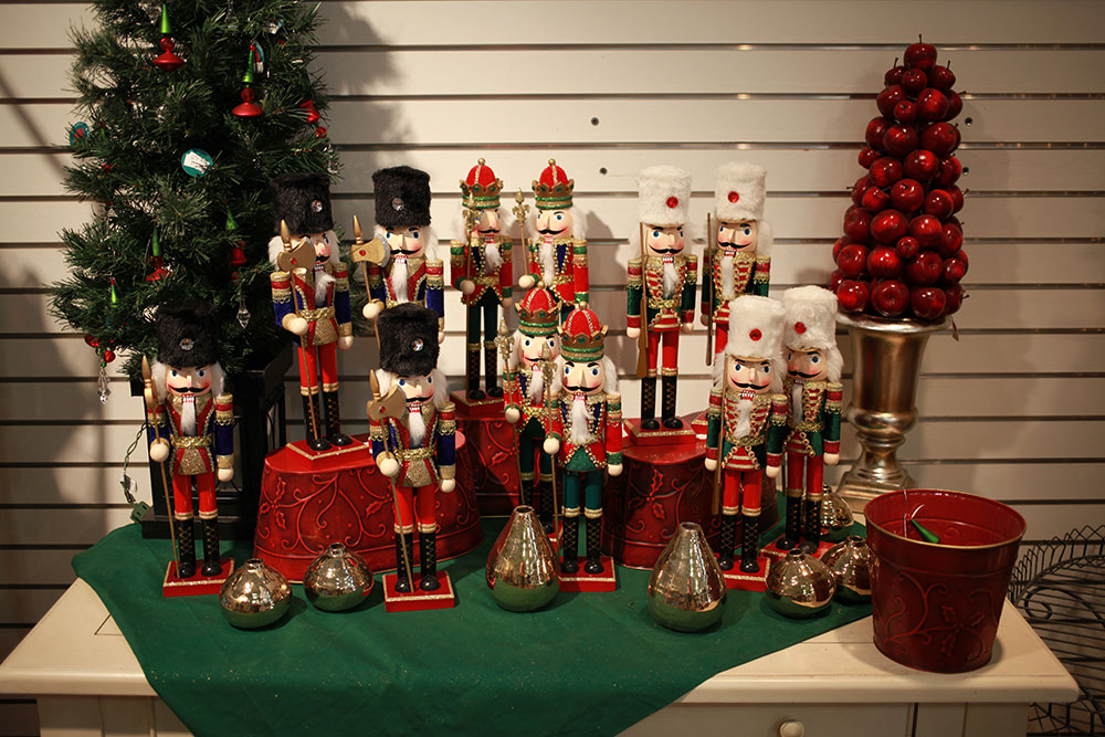 christmas Sale at Patuxent Nursery