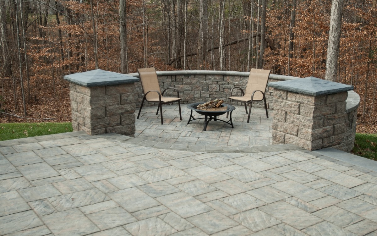 Patuxent Nursery's Natural Stone & Paver Yard - Eagle Bay Cottagestone Textured Slate