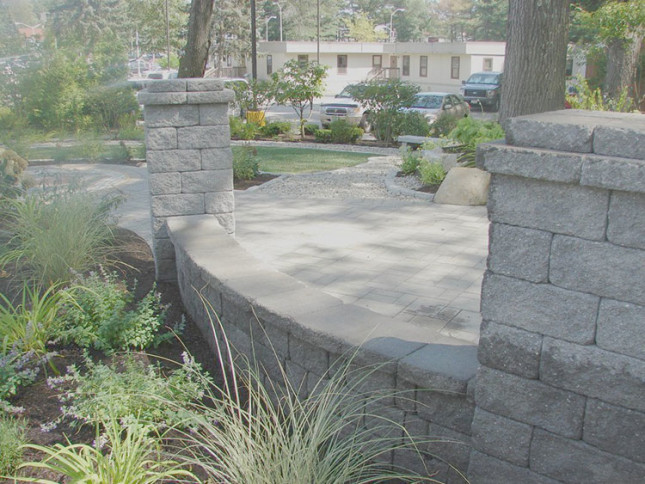 Cambridge Wallstone at Patuxent Nursery in Bowie, MD - cambridge maytrx